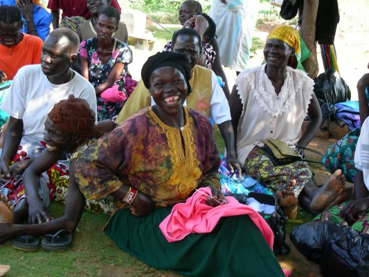 18-19 africa.UGANDA Empoderamiento Mujeres Nacwola (Copiar)